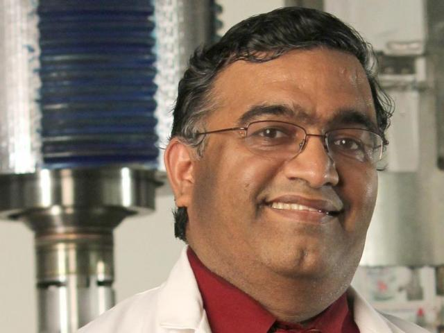 Dr. Bala Balasubramaniam