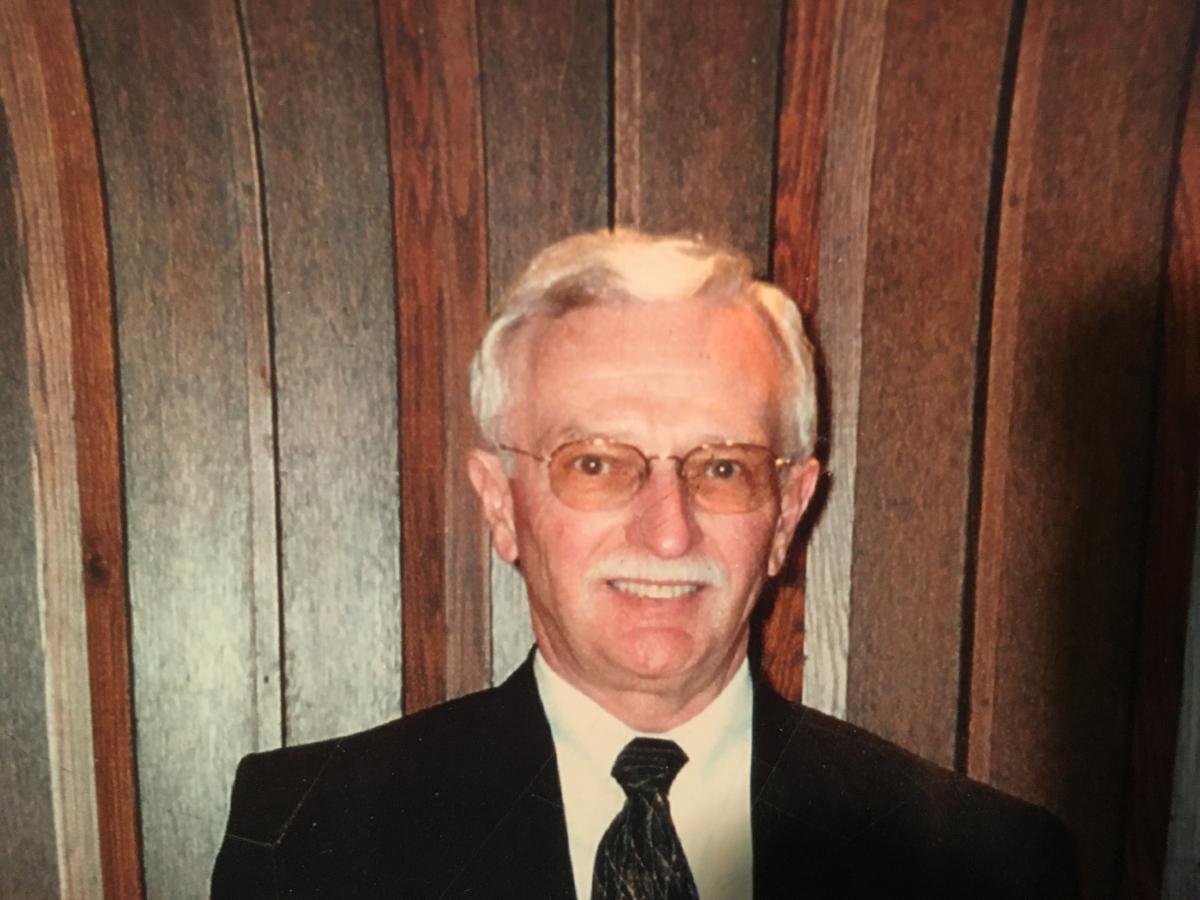 Dennis Swartz