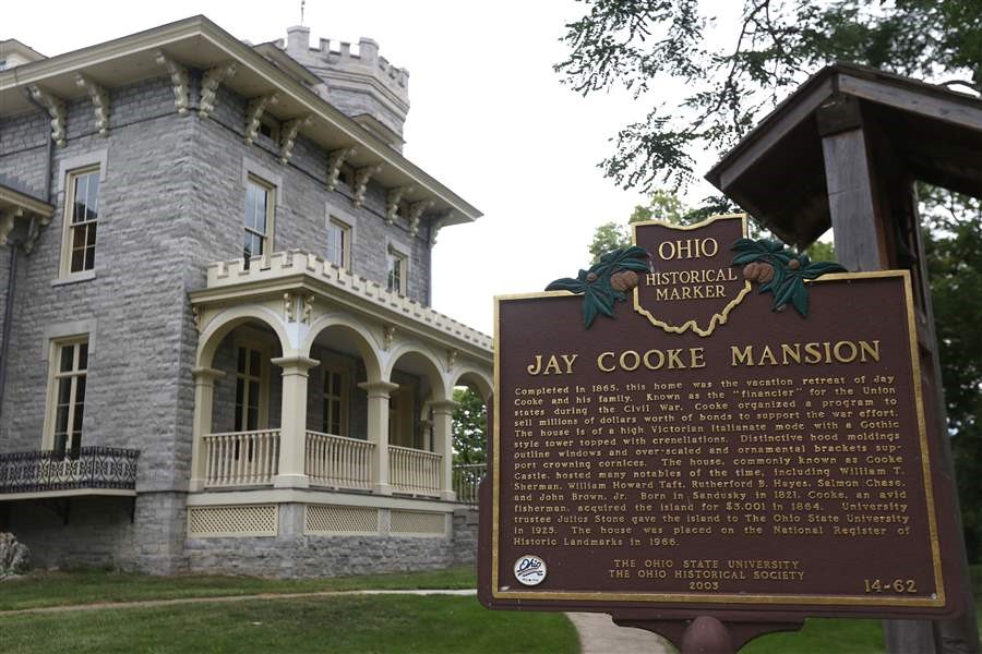 Jay Cooke Mansion at Stone Lab
