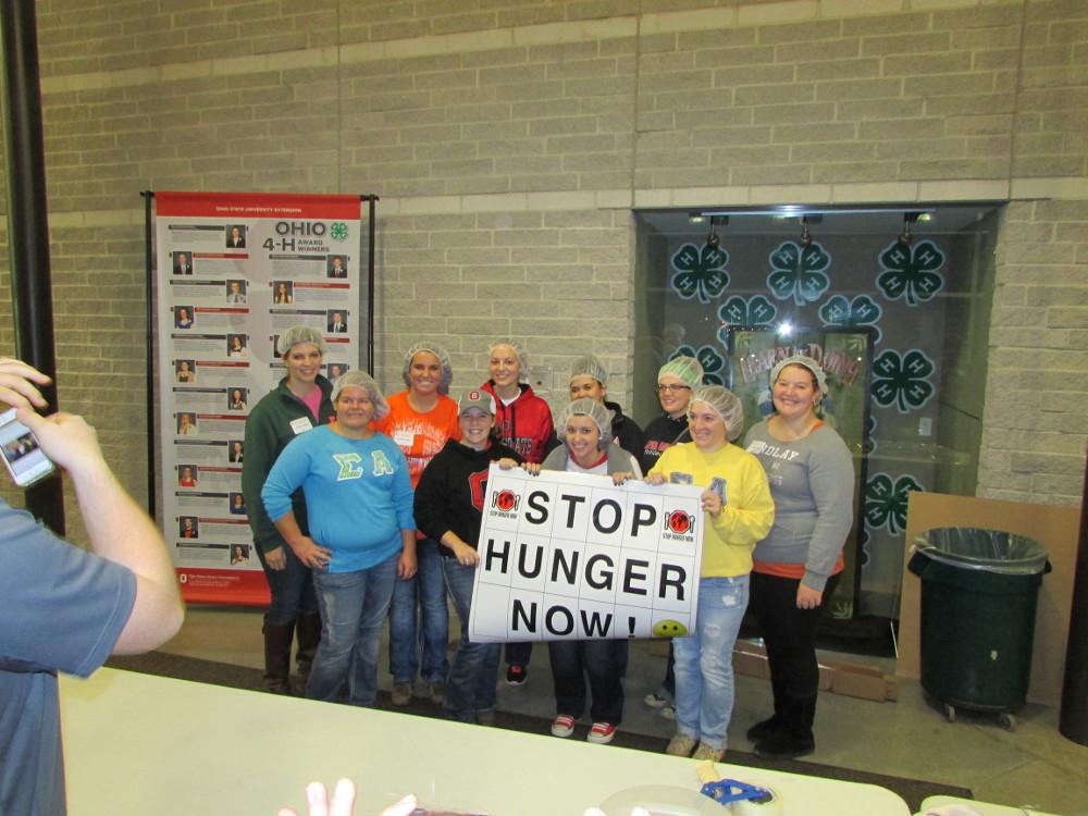 Stop Hunger Now unites volunteers.
