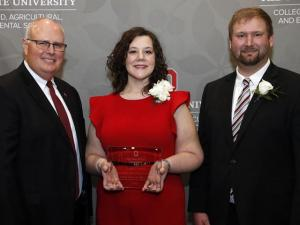 Associate Dean and Director of Academic Programs Steven Neal, Leah Curtis, Alumni Board President Nick Rettig
